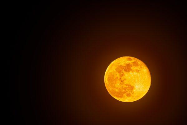 Super moon, full moon shoot in Austria 2020