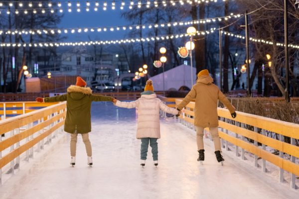 Family at ice-skating rink